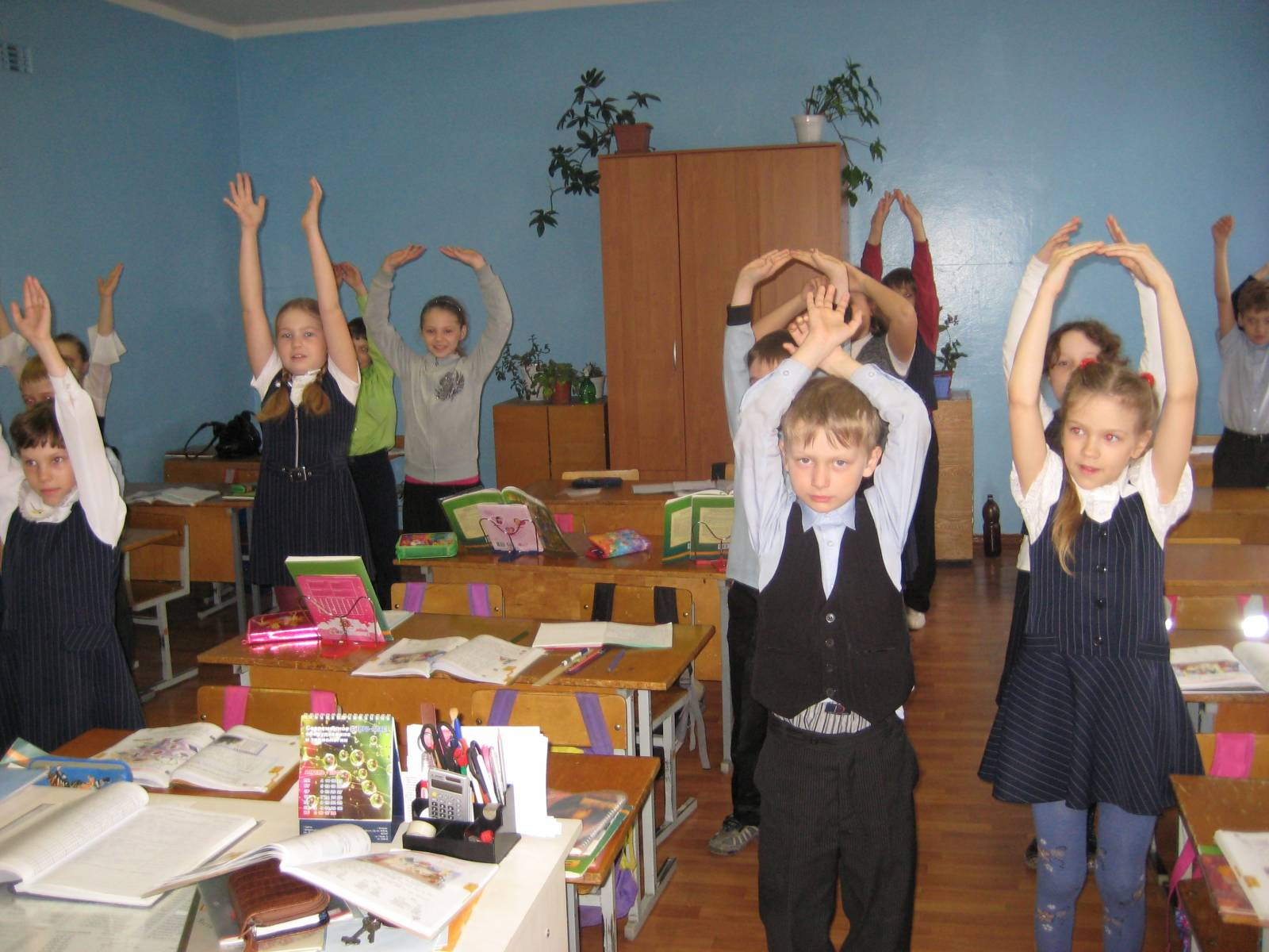 Дети школы класс 6 фото